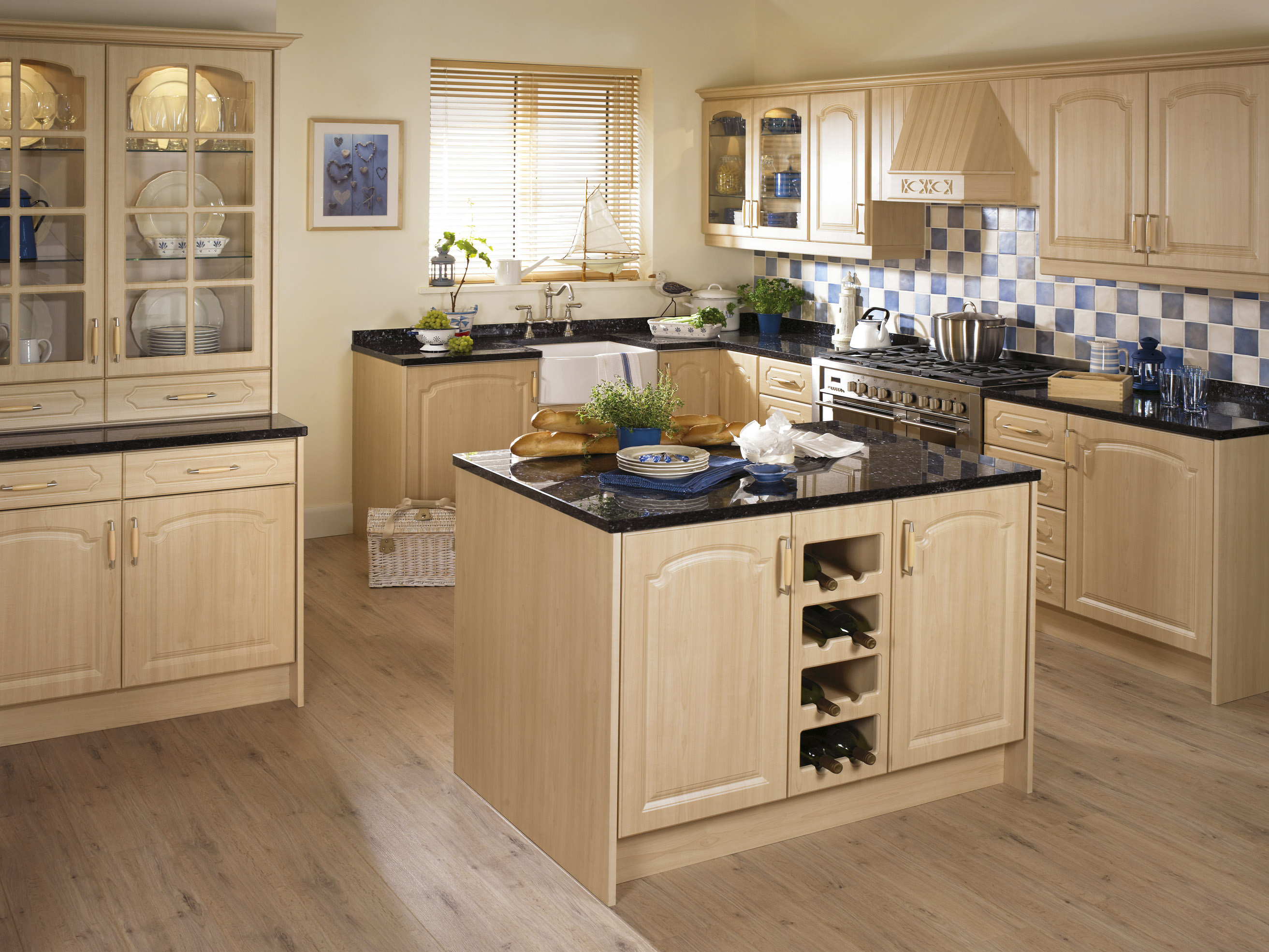 Fitted kitchens midland furniture company for Fitted kitchen companies